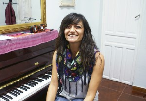 Gloria García Martínez - Profesora de Canto, Coro, Iniciación y Bebés